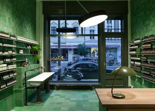 Aesop-store-by-Weiss-heiten_dezeen_ss_6