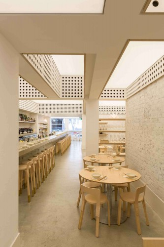 Cho-Cho-San-Contemporary-Japanese-Restaurant-in-Sydney-by-George-Livissianis-Yellowtrace-08