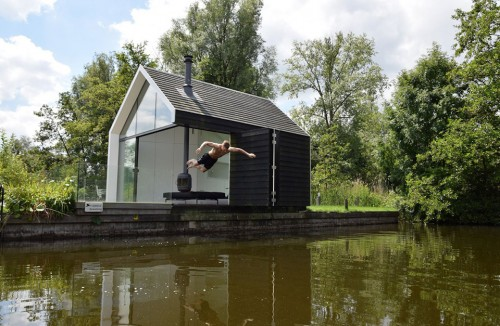 Dutch-Contemporary-Tiny-House-by-2by4-architects-4
