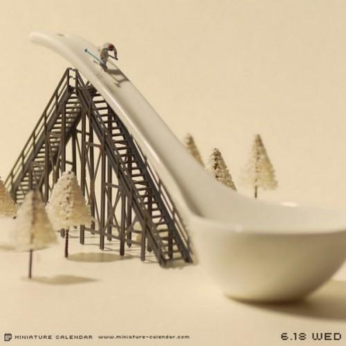 Tanaka-Tatsuya-Miniature-Calendar-3-600x601