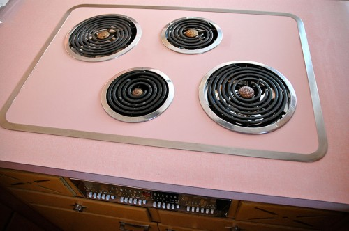 time-capsule-kitchen-60s-nathan-chandler-furniture-12