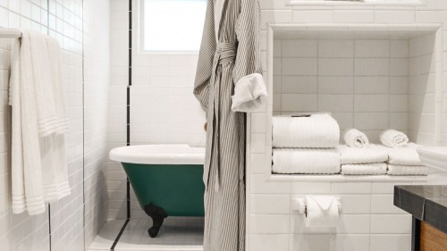 hotel-covell-gallerychapter-4-bath1