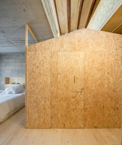 176-House-E-M_Josep-Ferrando_dezeen_468_9