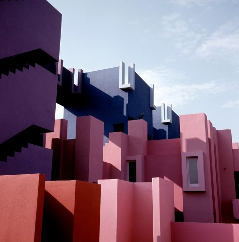 Ricardo_Bofill_Taller_de_Arquitectura_La_Muralla_Roja_Calpe_Spain_(7)