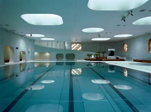 mikou-studio-fort-swimming-pool-paris-designboom-01--818x608