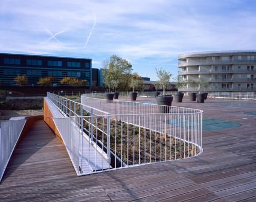 mikou-studio-fort-swimming-pool-paris-designboom-10