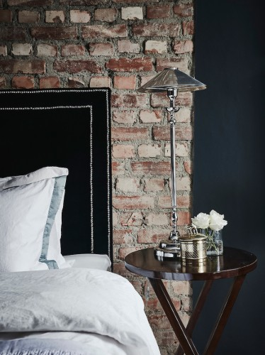 bedside-table(pp_w740_h989)