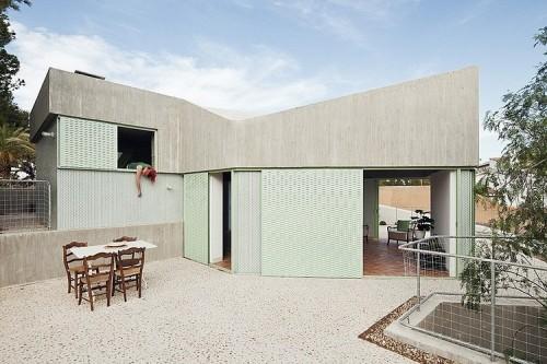 casa-baladrar-by-langarita-navarro-arquitectos-1