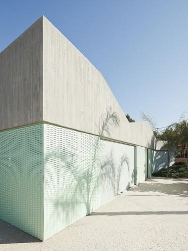 casa-baladrar-by-langarita-navarro-arquitectos-12