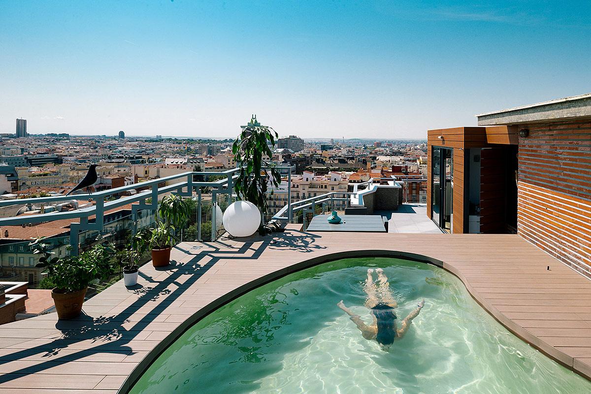Una piscina en el cielo de madrid for Piscina chamberi
