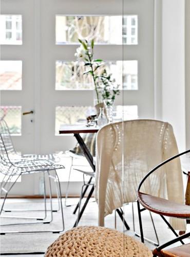 33m-small-modern-Studio-decorating-idea-3