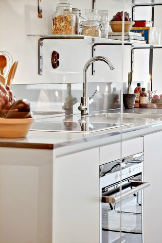 33m-small-modern-Studio-decorating-idea-4