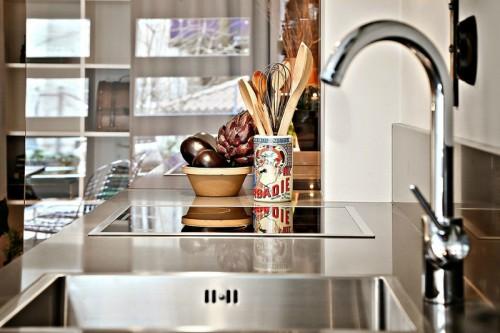33m-small-modern-Studio-decorating-idea-5