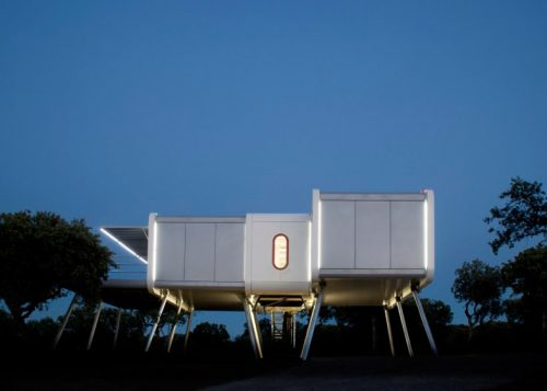 Spaceship-House-Noem