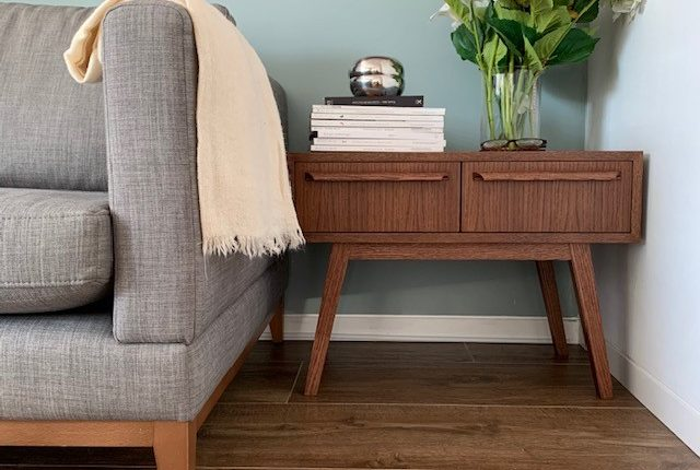 Enola-mueble-bajo-madera
